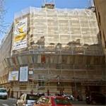 Livraison d'un des 1ers immeubles post-haussmannien