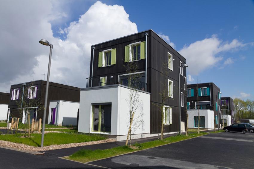 Icf habitat nord est inaugure la requalification de la for Est habitat construction